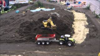 RC Excavator CAT 345 D at work Euromodell Bremen 2012