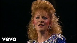 Watch Reba McEntire I Know How He Feels video
