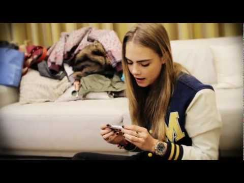 What's in Cara Delevingne's Handbag?