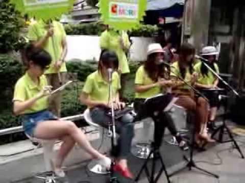 วอลนัท & Apple Girls Band – ลมหายใจ Live@Silom 31 03 11