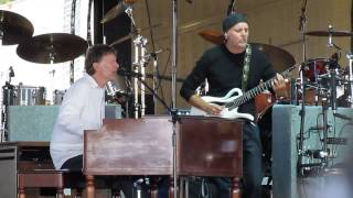 Watch Steve Winwood Rainmaker video