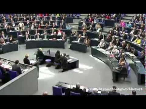 Crimea crisis: Merkel warns Russia faces escalating sanctions