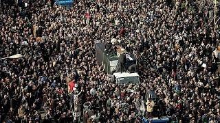 Iran : une marée humaine aux obsèques de Rafsandjani