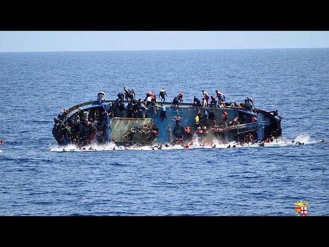 Migrantes: 5600 pessoas resgatadas ao largo da Líbia em 48 horas