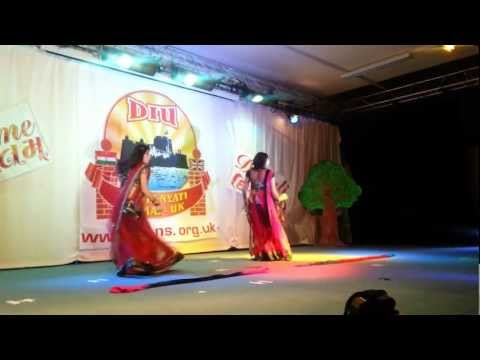 Radha Dance - Student Of The Year video