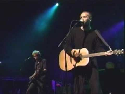 coldplay performing shiver and dont panic live