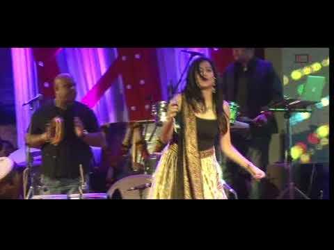 Mujhe Tu Teri Lat Lag Gayi  Jonita Gandhi  Live Show
