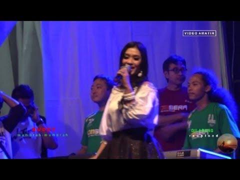 Iva Berlian - PESTA - Om Sera LIVE Gor Satria Purwokerto