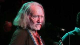 Watch Willie Nelson We Don