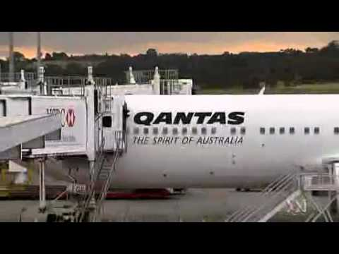 Alan Joyce announces Qantas job cuts