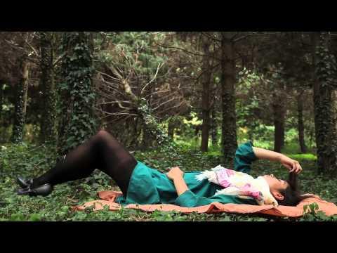 Moda mujer Luna Llena, tienda de zapatos y ropa de mujer Otoño Invierno 2010