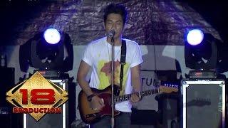 Armada - Kekasih Yang Tak Dianggap   (Live Konser Ciparay Bogor 23 November 2013)