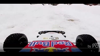 GoPro 5 Session: Redbull RC Buggy in Snow (SC10B)