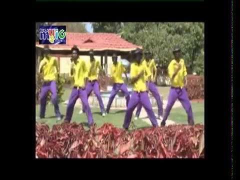 Devar Ho Daba Na Dono Haranwa - Bhojpuri Sexy Video -2013 video