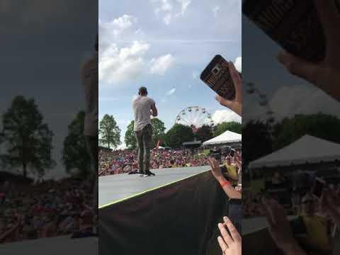 Kane brown-used to love u sober (countryfest 2017)