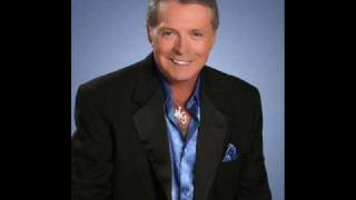 Watch Mickey Gilley Bring It On Home To Me video