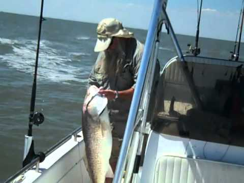 Sabine pass jetty fishing with krs 09 11 2012 youtube for Sabine pass fishing report