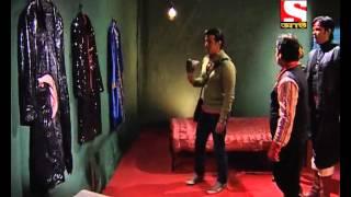 Adaalat - (Bengali)  : Murder of Madan quotJoker quot in the Circus - Episode 11