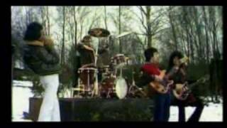 QUEEN - SPREAD YOUR WINGS - (TRADUCIDO AL ESPAÑOL) (1977)