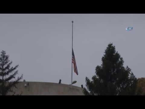 ABD Büyükelçiliği'nde Bayraklar Yarıya İndirildi