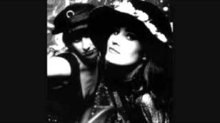 Watch Shakespears Sister Hello turn Your Radio On video