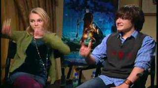 Bridge to Terabithia Anna Sophia Robb and Josh Hutcherson
