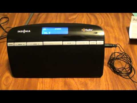 Product Review: Insignia Portable Tabletop HD Radio