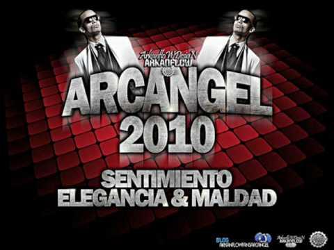 Se Me Pega-arcangel 2010(Sentimiento Elegancia & Maldad).wmv