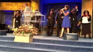 Worship @ Living word, I love you Lord today, Pr. Bill Winston