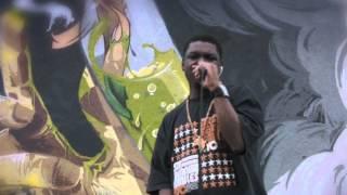 Watch Young Roddie Flowin video