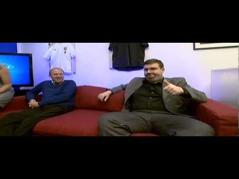 Rafa Benitez Meets The Other Rafa ( Darren Farley )