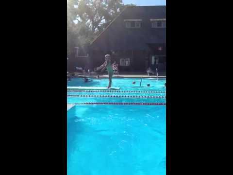 Deportes - Futura promesa del salto en trampolín