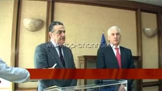 Shkëmbimi i të burgosurve Shqipëri-Greqi  - Top Channel Albania - News - Lajme