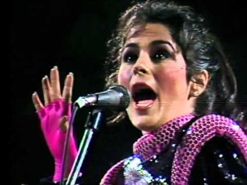 Festival de Viña 1985, Maria Conchita Alonso, Acariciame - Loca