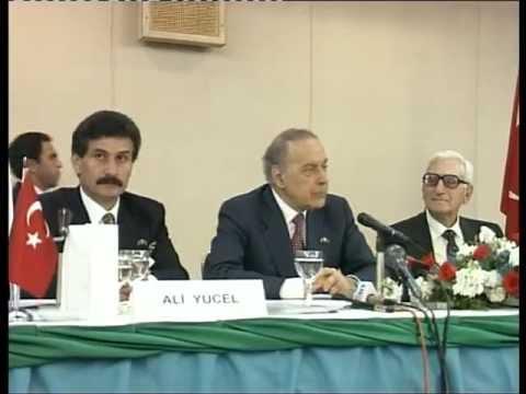 Azerbaijan President Heydar Aliyev at the meeting with Turkish and Azerbaijan businessmen