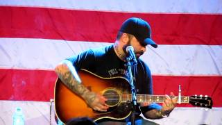 "Aaron Lewis ""Blake Shelton"" - Who Are You When I'm Not Looking"
