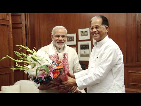 Assam CM Tarun Gogoi calls on PM Modi