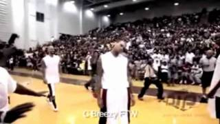Chris Brown 2012 dancing