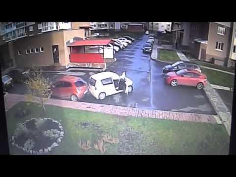Худший водитель в Кемерово. Сразу три идиотских ДТП (5.10.2015 г.)