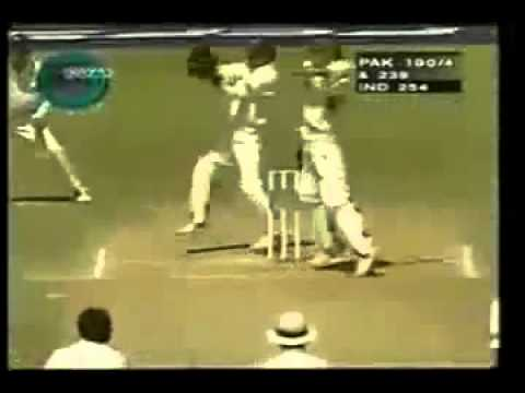 Shahid Afridi 1st Test Hundred 141 against India 1999