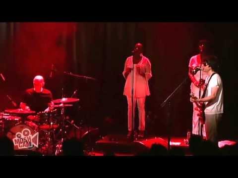 Spiritualized - Sitting On Fire (Live @ Sydney, 2009)