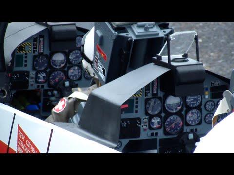 Huge Scale RC Turbine Model Jet Swiss BAE Hawk MK-66 by U.Mayländer