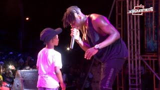 Download 8 year old boy 'steals' Stonebwoy's show on KNUST campus 3Gp Mp4