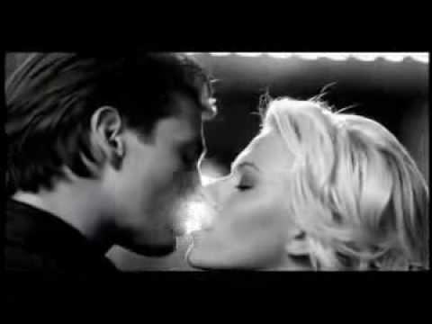Calvin Klein Eternity Moment eau de parfum commercial