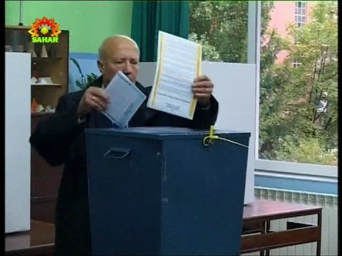 Bosnians vote in national election
