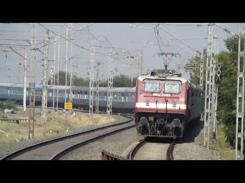 Vadodara WAP-4E on a rampage at Bhayander S-curve!!