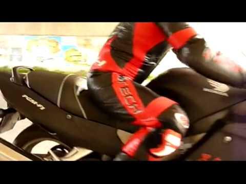 Honda CBR 1100 XX Super Blackbird II
