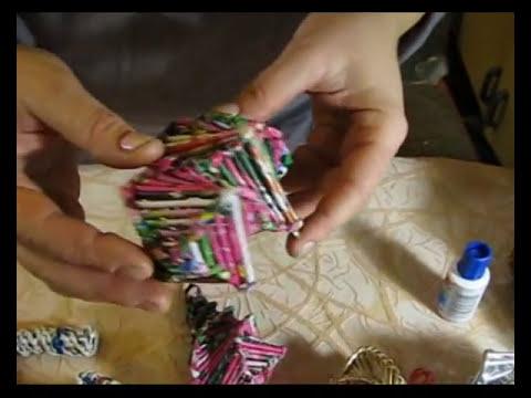 Como tejer los adornos navidenos de papel reciclado. Parte 1.