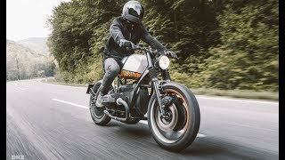 Diff'rent Strokes: Vagabund Moto Bucks The Bmw Trend / Motor VN