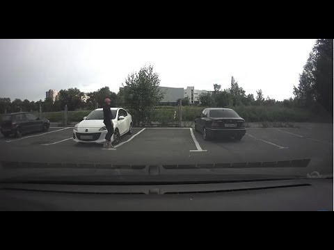 ШОК девушка угнала автомобиль. Угон мазда 3.